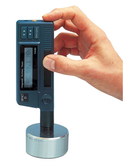 Handheld dynamic metal hardness tester
